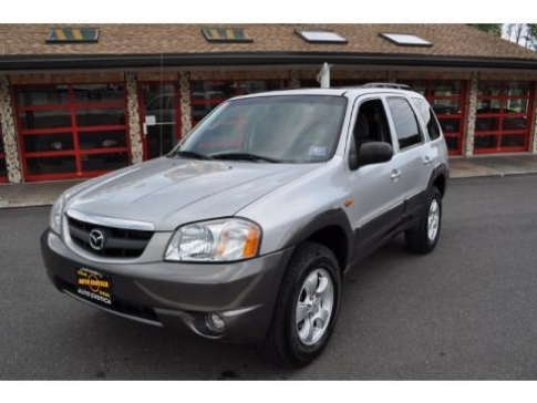 Black Mazda Tribute 2004