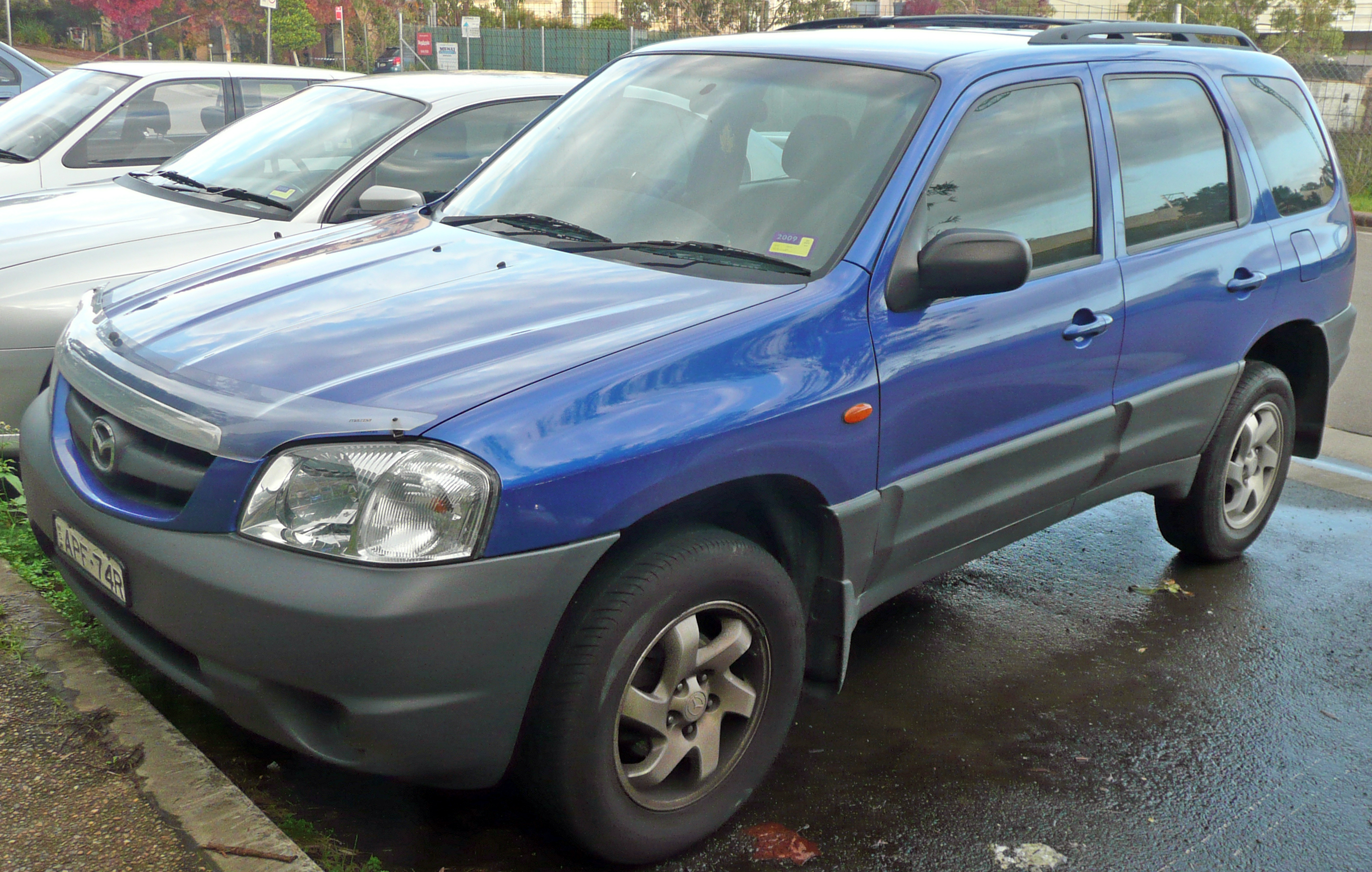 Blue Mazda Tribute 2003