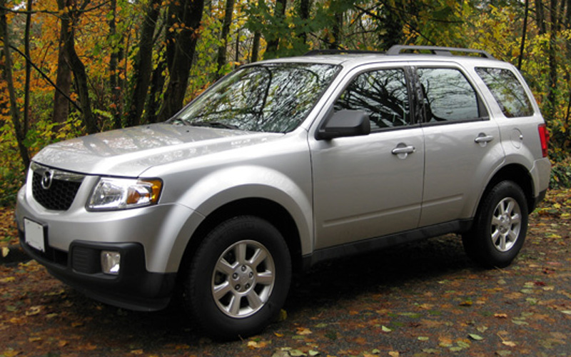 Gray Mazda Tribute 2005