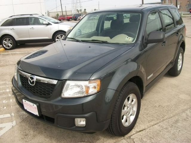 Gray Mazda Tribute 2007