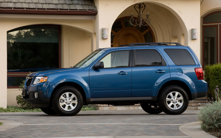 Gray Mazda Tribute 2009