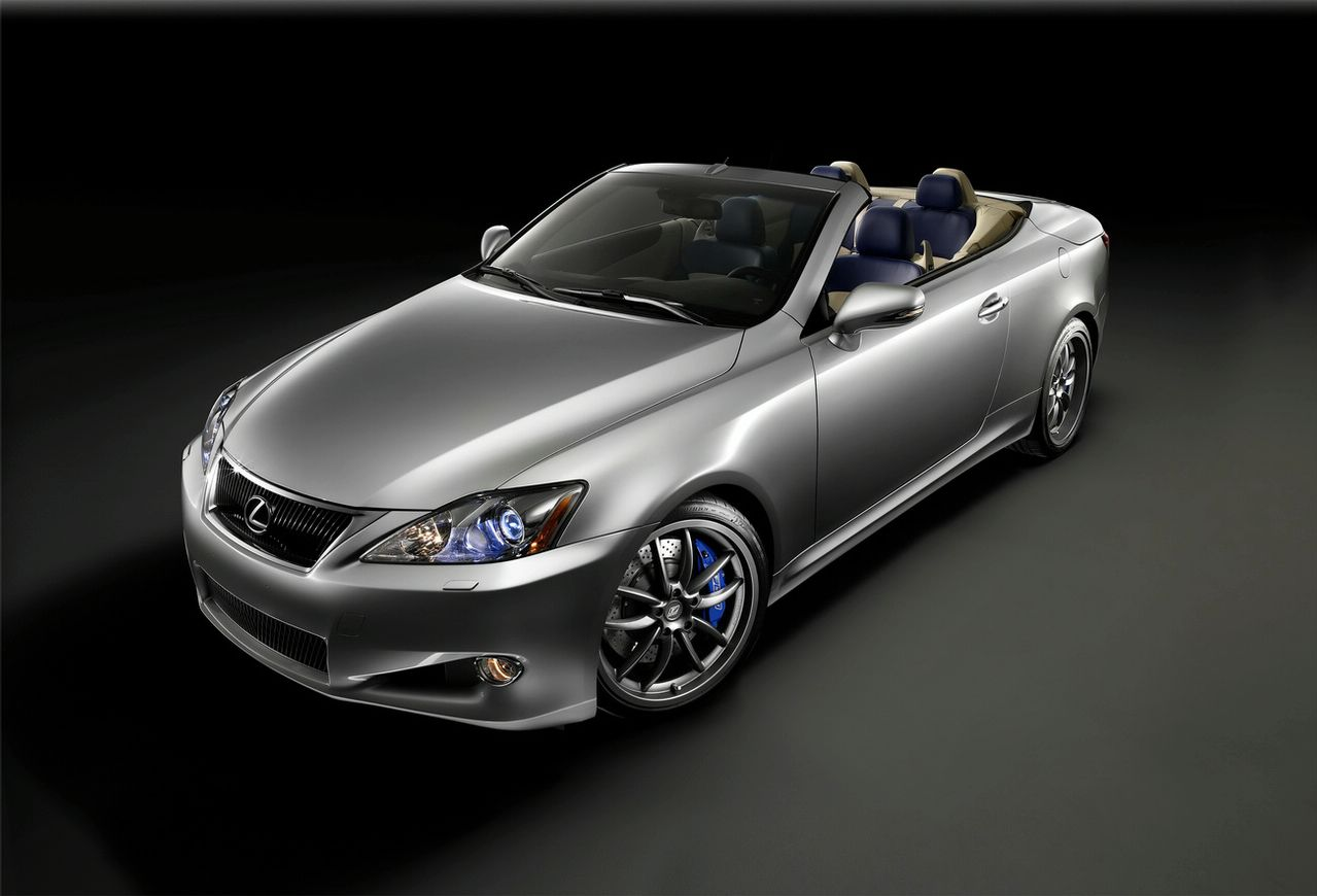 Lexus IS 250 C 2015 Photo - 1