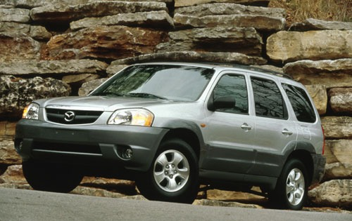 White Mazda Tribute 2005