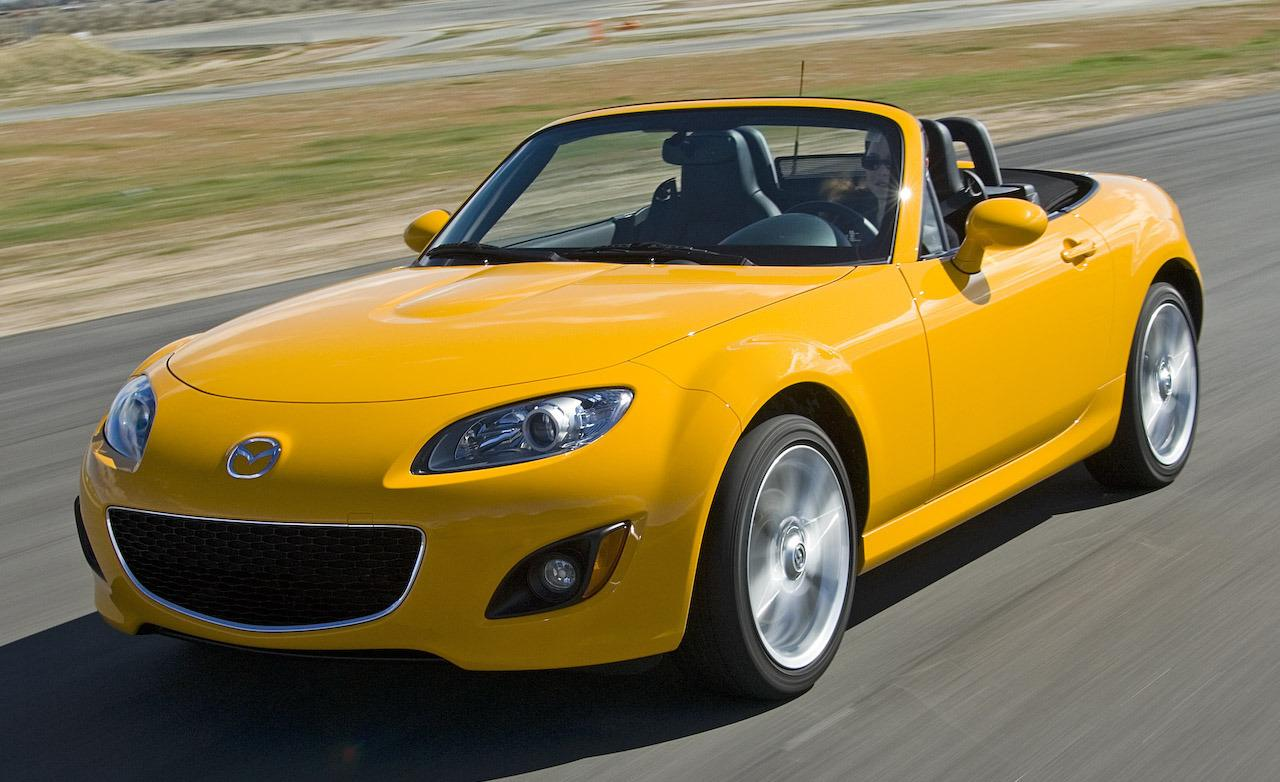 http://lookatthecar.org/wp-content/uploads/2015/09/Yellow-Mazda-MX-5-2009-24534-44.jpg