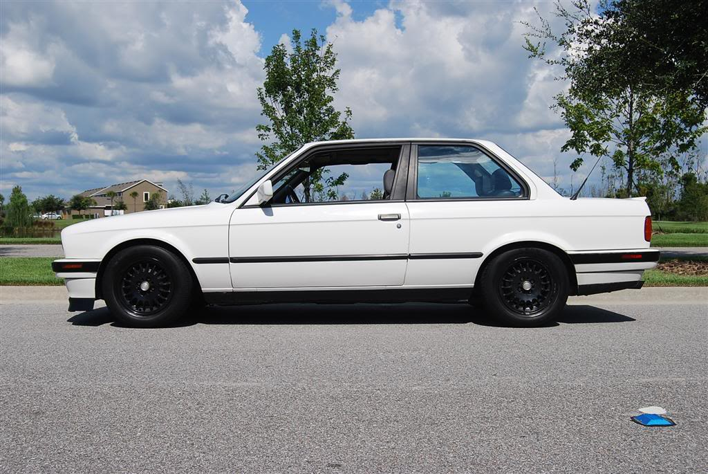 BMW 318iS 1991 Photo - 1