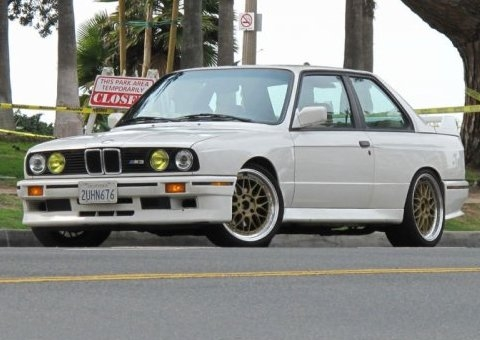 BMW 320iS 1990 Photo - 1