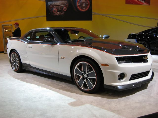 Chevrolet Camaro 2010 Photo - 1