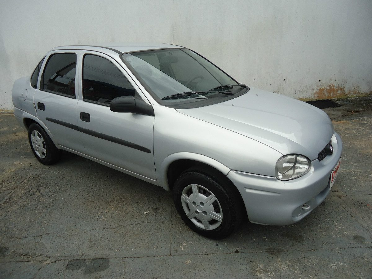 Chevrolet Corsa 2002 Photo - 1