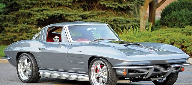 Chevrolet Corvette 1963 Photo - 1
