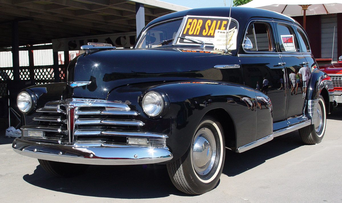 Chevrolet Fleetline 1949 Photo - 1