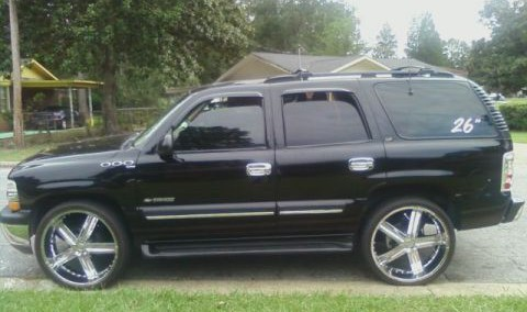 Chevrolet Tahoe 2001 Photo - 1