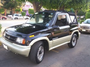 Chevrolet Tracker 1998 Photo - 1