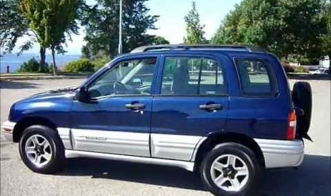 Chevrolet Tracker 2002 Photo - 1