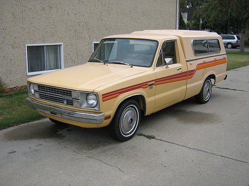 Ford Courier 1977 Photo - 1