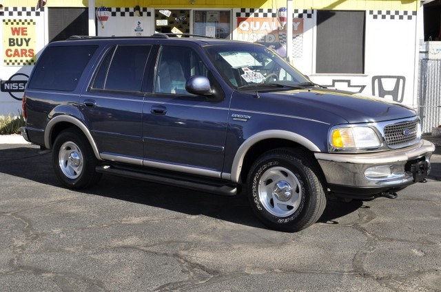 Ford Expedition 1998 Photo - 1