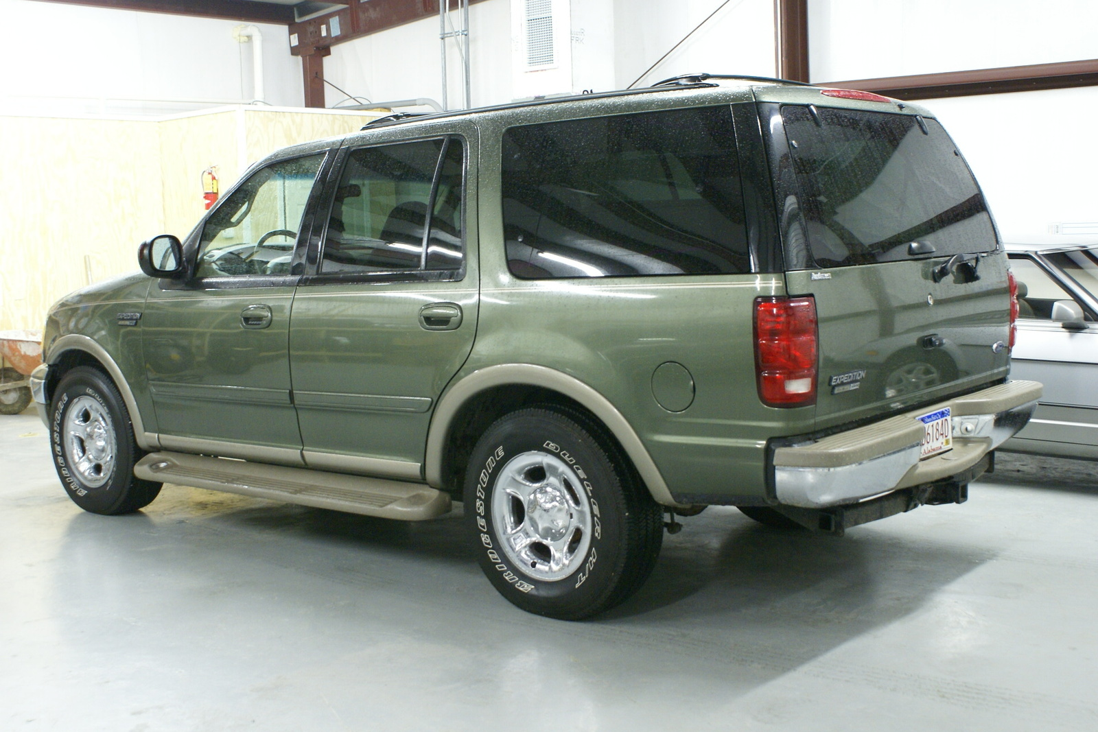 Ford Expedition 2000 Photo - 1