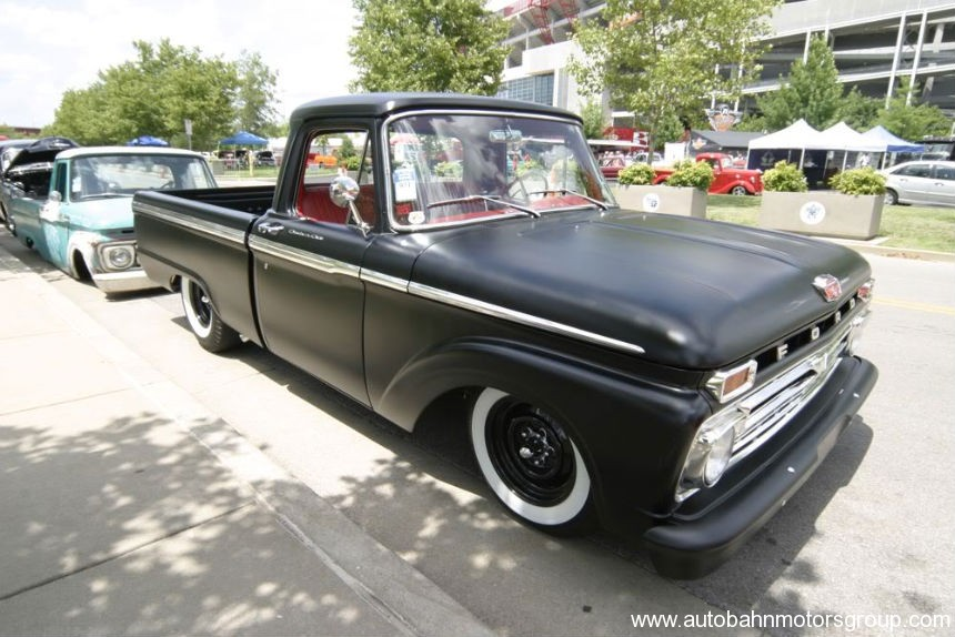 Ford F-100 1966 Photo - 1