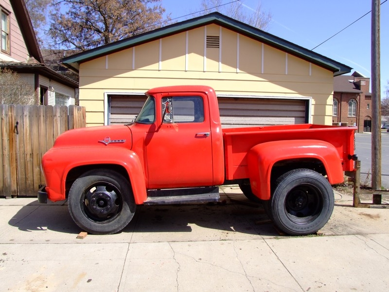 Ford F on 1964 Dodge Truck 4 Door