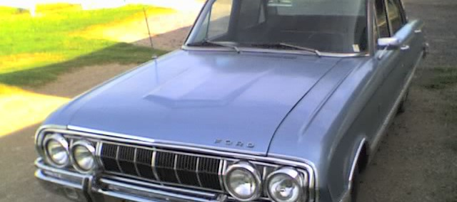 Ford Falcon 1970 Photo - 1
