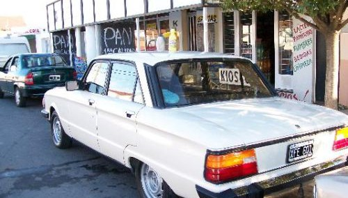 Ford Falcon 1983 Photo - 1