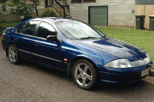 Ford Falcon 1998 Photo - 1