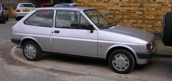 Ford Fiesta 1989 Photo - 1
