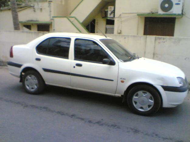 Ford Ikon 2001 Photo - 2