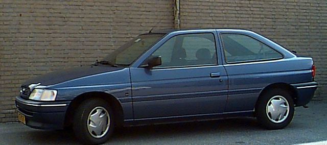 Ford Laser 1993 Photo - 1