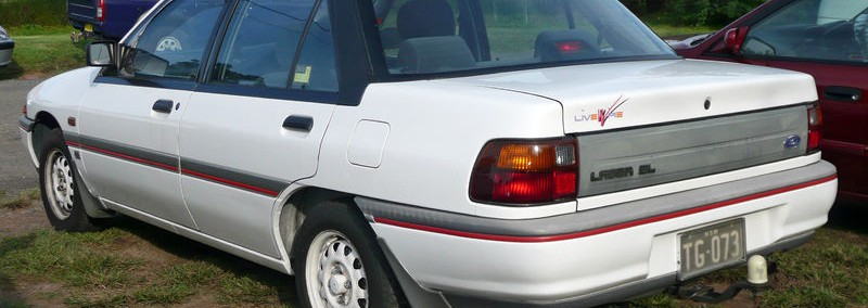 Ford Laser 1995 Photo - 1