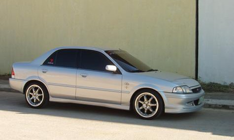 Ford Laser 2001 Photo - 1