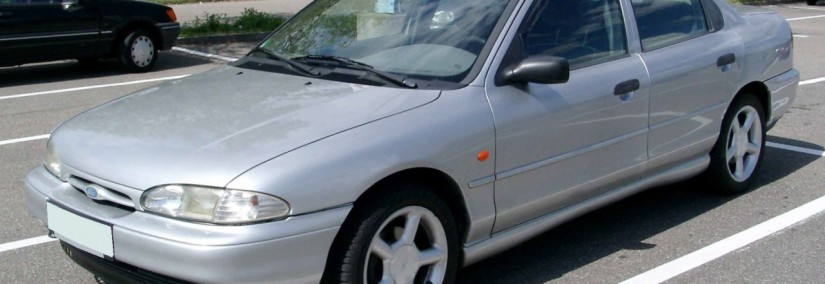 Ford Mondeo 1989 Photo - 1