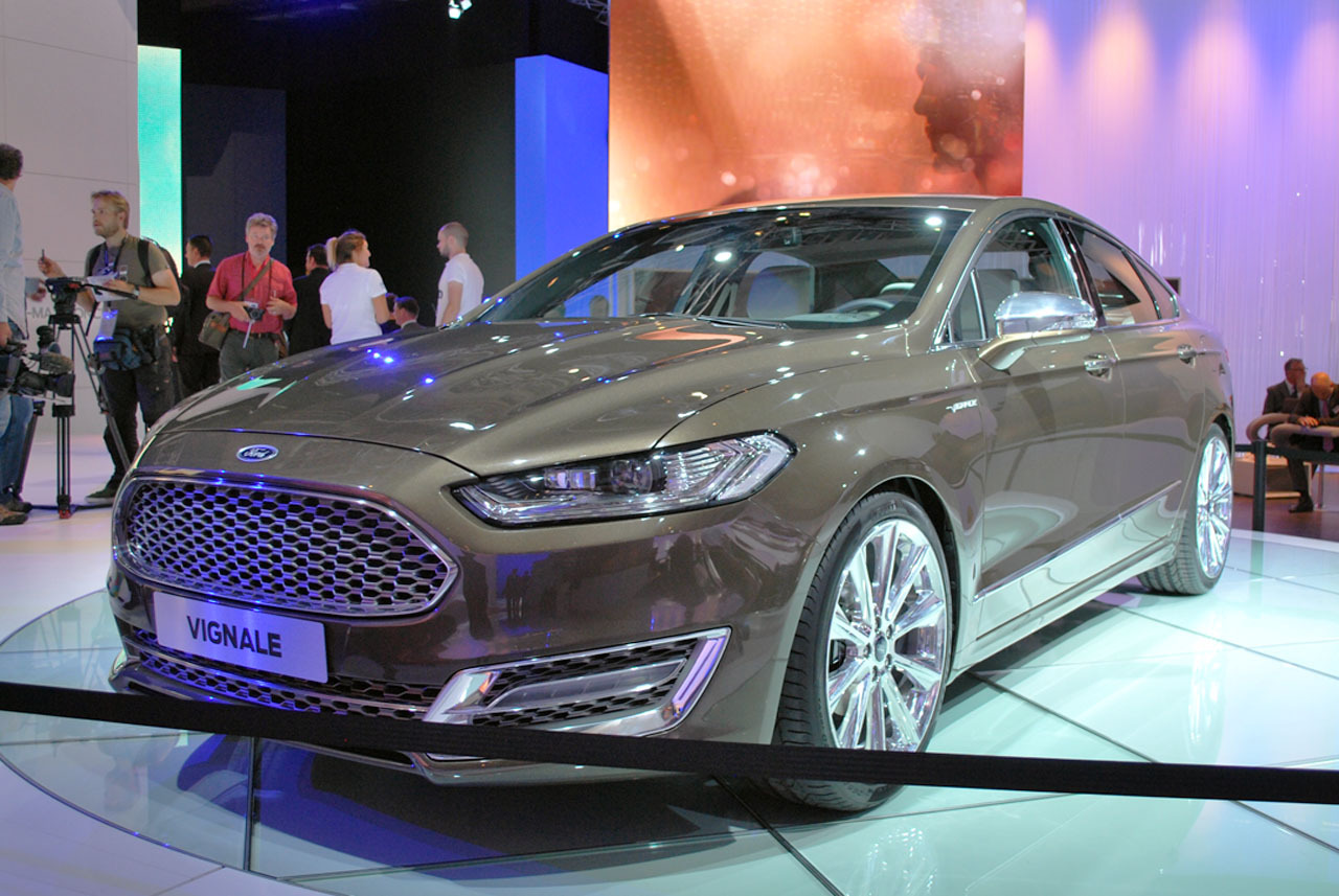 Ford Mondeo 2015 Photo - 1
