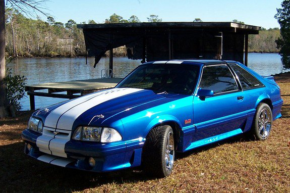 Ford Mustang 1987 Photo - 1
