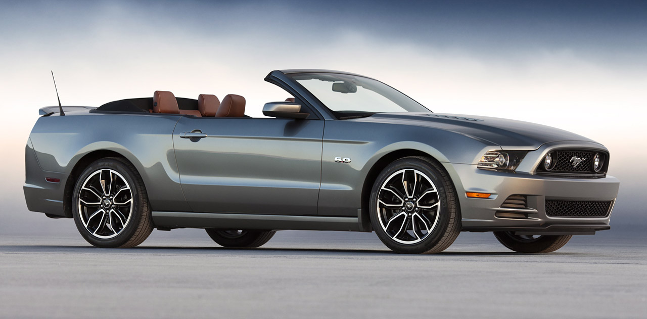 Ford Mustang 2012 Photo - 1