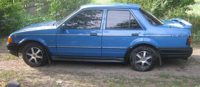 Ford Orion 1989 Photo - 1