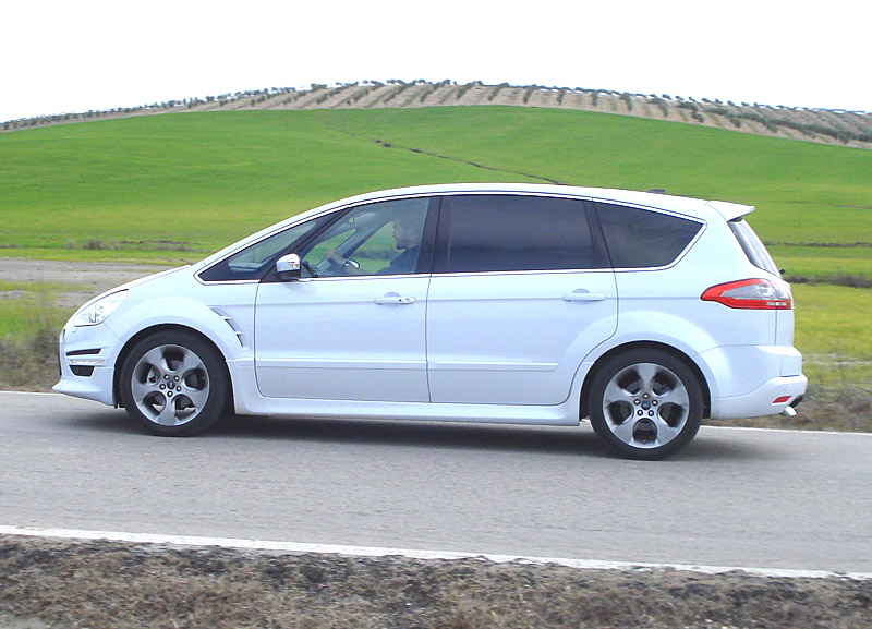 Ford S-max 2010 Photo - 1