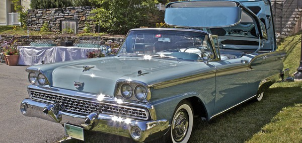 Ford Skyliner 1959 Photo - 1