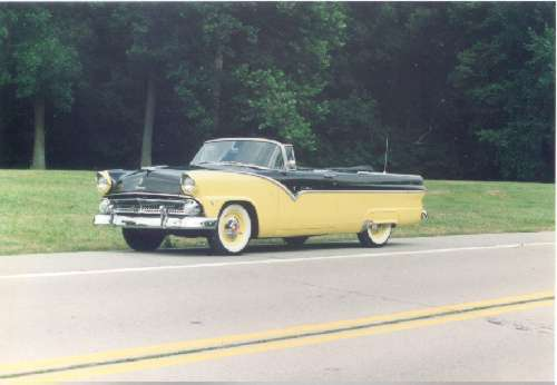 Ford Sunliner 1955 Photo - 1