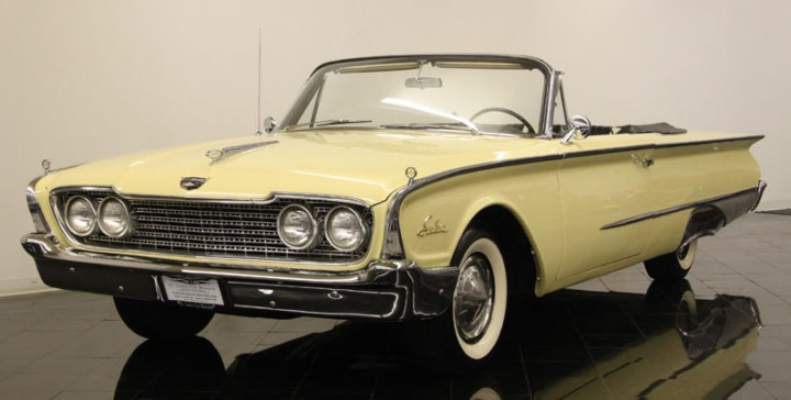 Ford Sunliner 1960 Photo - 1