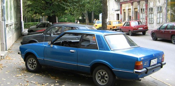 Ford Taunus 1985 Photo - 1