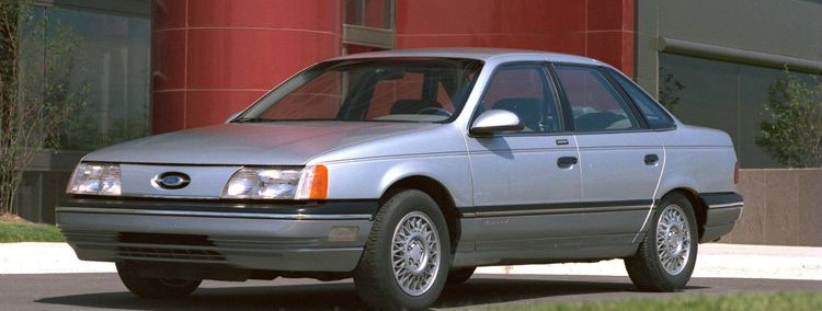Ford Taurus 1986 Photo - 1