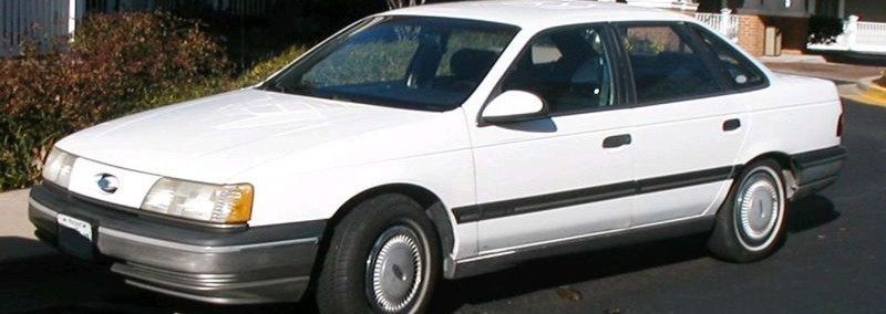 Ford Taurus 1988 Photo - 1