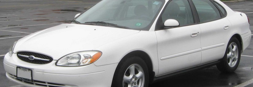 Ford Taurus 2003 Photo - 1