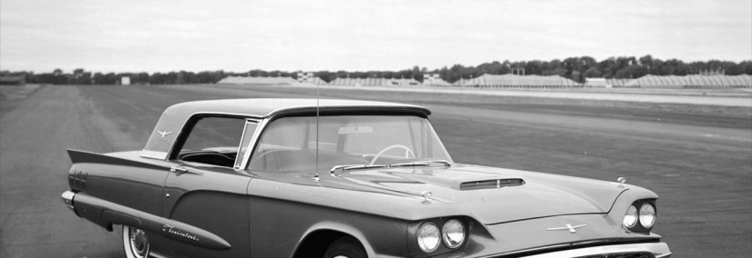 Ford Thunderbird 1960 Photo - 1