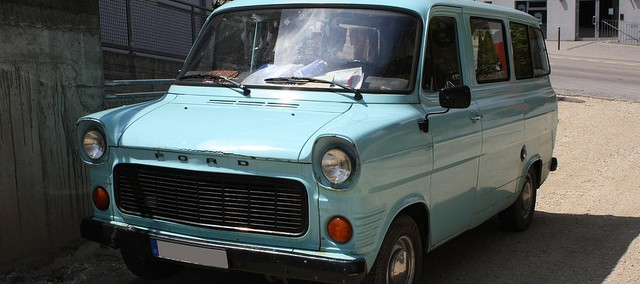 Ford Transit 1971 Photo - 1