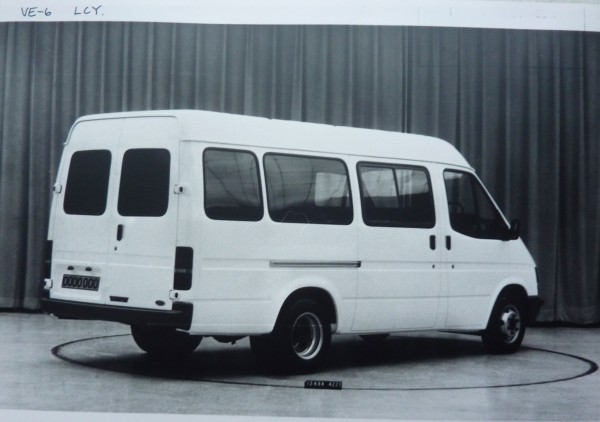 Ford Transit 1989 Photo - 1