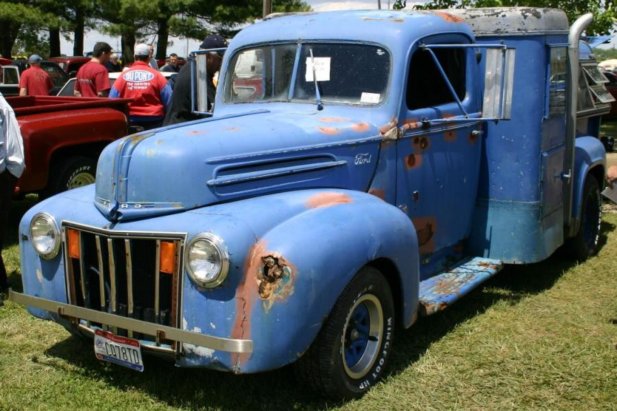 Ford Truck 1946 Photo - 1