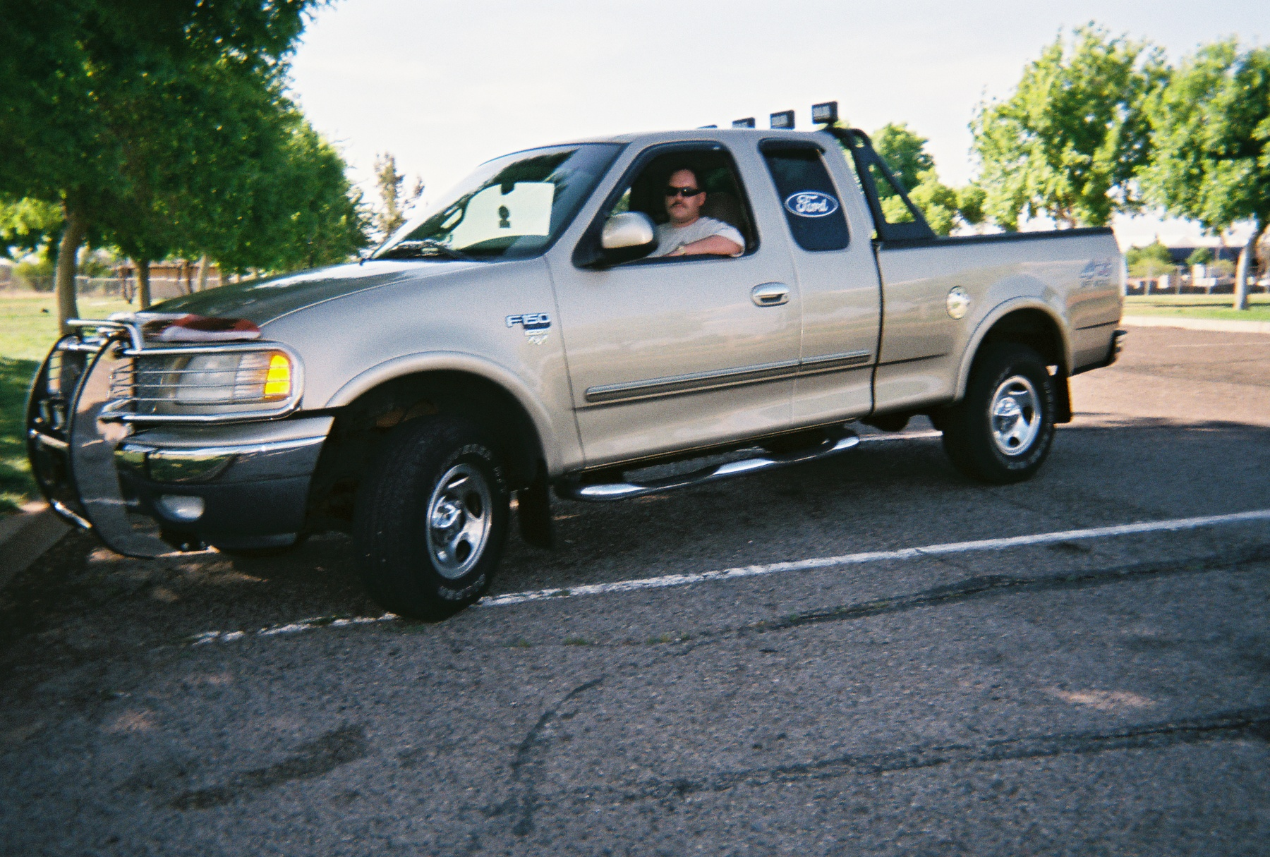 Ford Truck 1999 Photo - 1