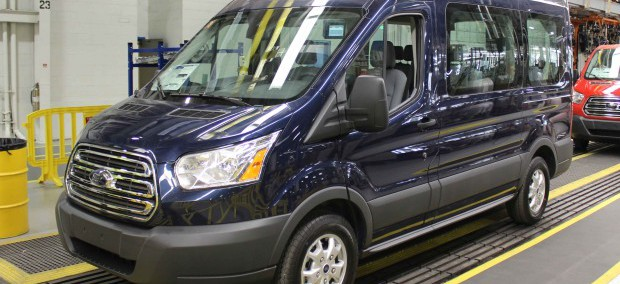 Ford Van 2015 Photo - 1