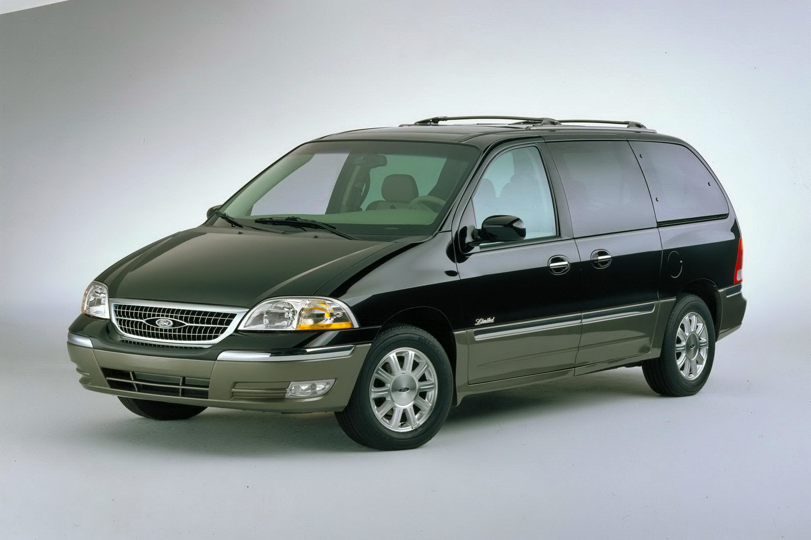 Ford Windstar 2007 Photo - 1